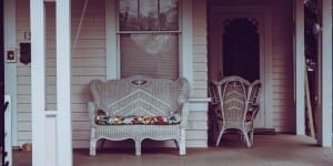 5 Tips for Creating a Beautiful & Welcoming Front Entry